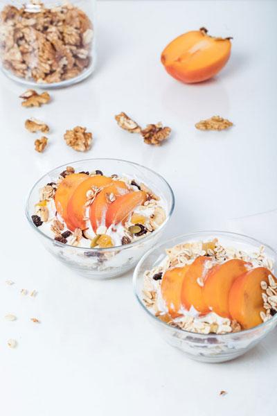 colazione-yogurt-cereali